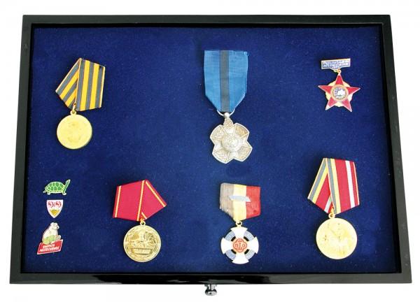 Cassetto per Pins, distintivi, medaglie